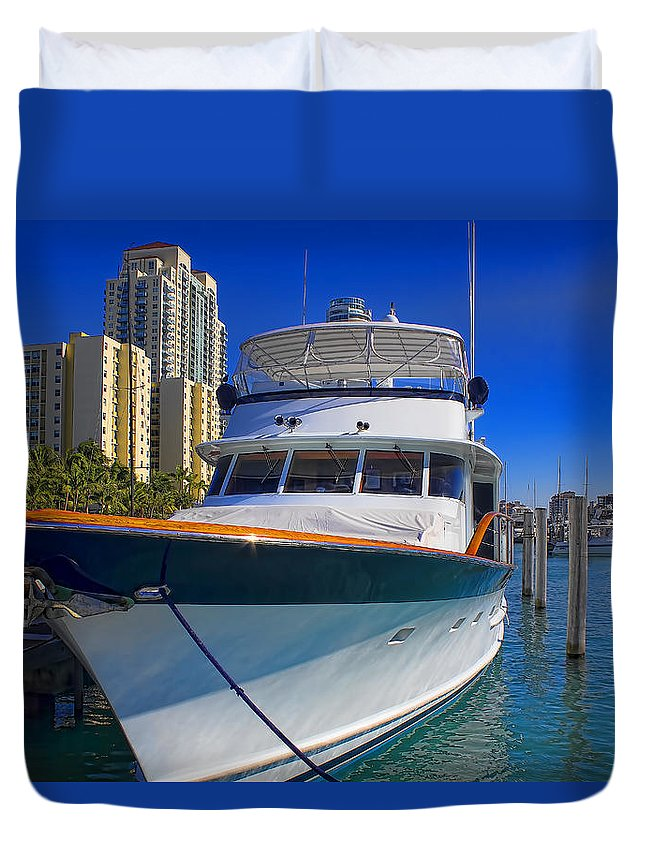 Boats Duvet Cover featuring the photograph Yacht - Safe Harbor Series 39 by Carlos Diaz