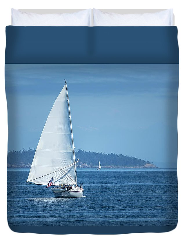 Sailing Duvet Cover featuring the photograph Sailing by Bob Stevens