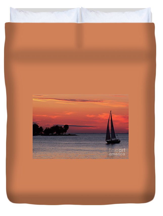 Sailing Duvet Cover featuring the photograph Sailing Home by Joel Witmeyer
