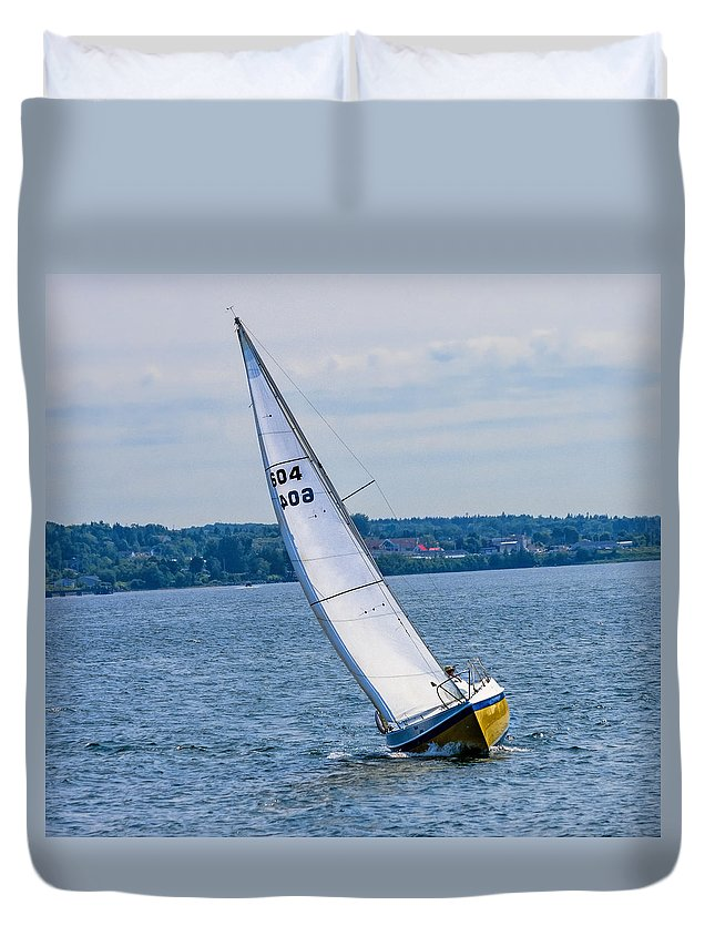 Sailboat Duvet Cover featuring the photograph Sailor Coming Home by Peter Ferris