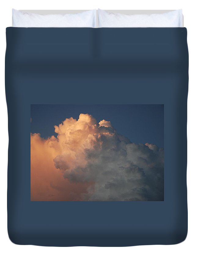 Clouds Duvet Cover featuring the photograph Salmon Sky by Rob Hans