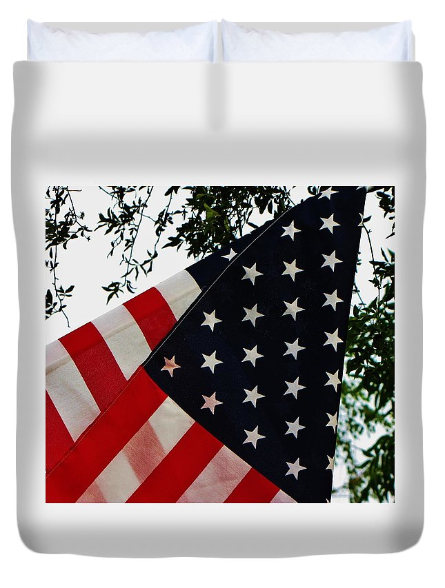 Patriotic Duvet Cover featuring the photograph Salute by Torie Beck