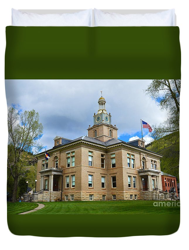 San Juan County Courthouse Duvet Cover featuring the photograph San Juan County Courthouse by Catherine Sherman