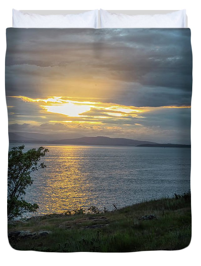Oregon Coast Duvet Cover featuring the photograph San Juan Island Sunset by Tom Singleton