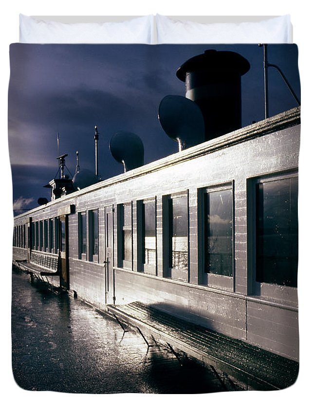 Scenic Duvet Cover featuring the photograph San Juan Islands Ferry by Lee Santa