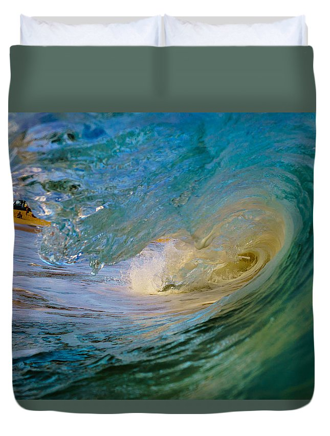 Hawaii Duvet Cover featuring the photograph Sandy's Beauty 4 by Chris and Wally Rivera