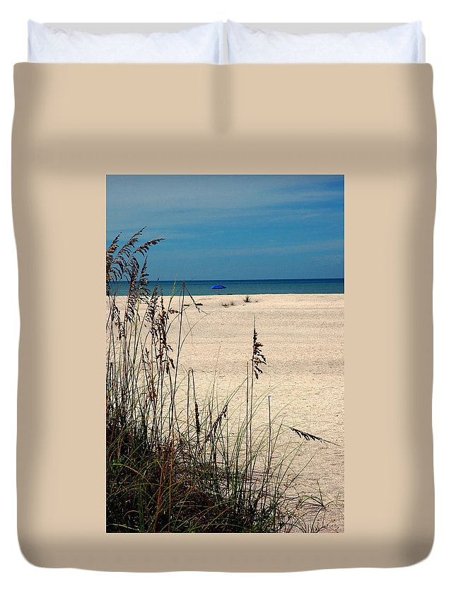 Sanibel Island Duvet Cover featuring the photograph Sanibel Island Beach Fl by Susanne Van Hulst