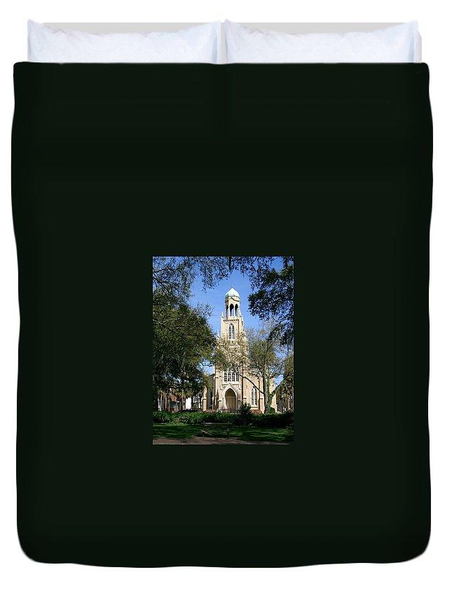 Savannah Duvet Cover featuring the photograph Savannah Gothic by Lin Grosvenor