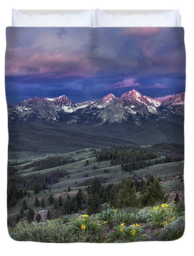 Beautiful Duvet Cover featuring the photograph Sawtooth Sunrise by Leland D Howard