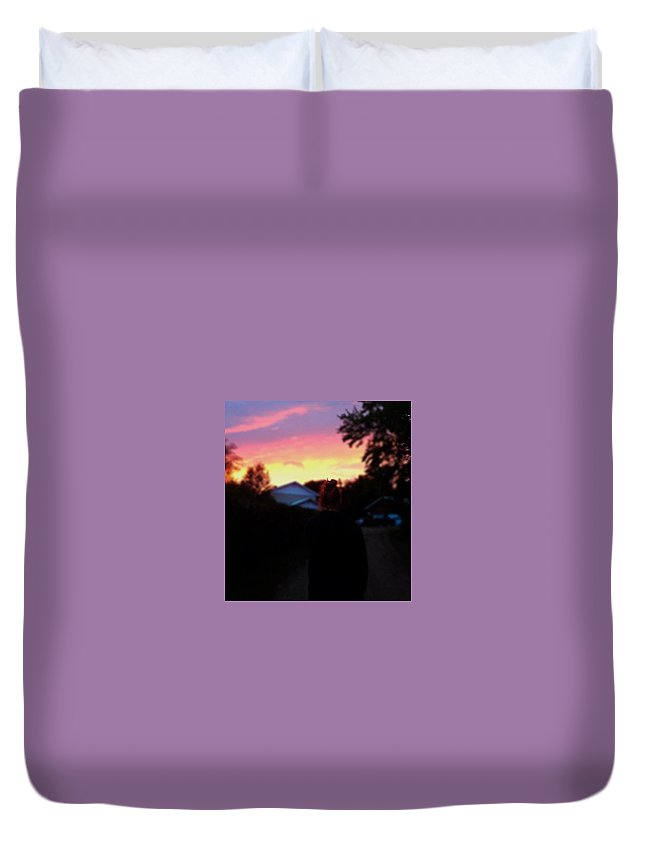 Sunset Duvet Cover featuring the photograph Scenery Photography by Kayla Biskup