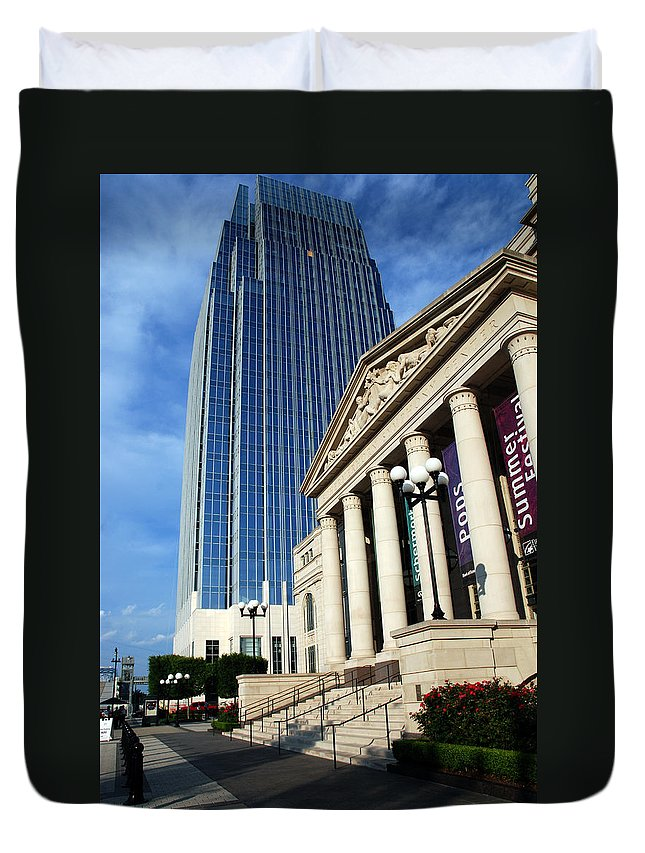 Nashville Duvet Cover featuring the photograph Schermerhorn Symphony Center Nashville by Susanne Van Hulst