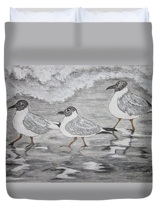 Sea Gulls Duvet Cover featuring the painting Sea Gulls Dodging The Ocean Waves by Kathy Marrs Chandler