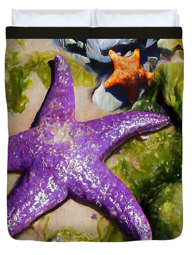 Sea Stars Duvet Cover featuring the painting Sea Stars by David Wagner