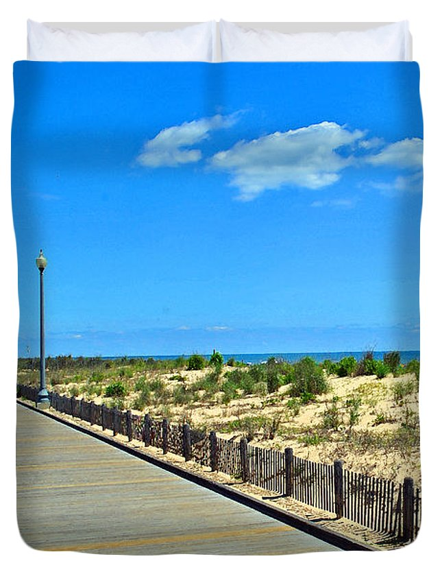 Rehoboth Duvet Cover featuring the photograph Sea Walk by Jost Houk