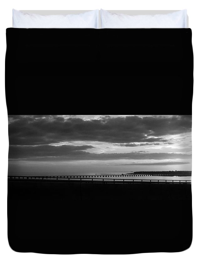 Bay St. Louis Bridge Duvet Cover featuring the photograph Seascape Gulf Coast, Ms G10v by Otri Park