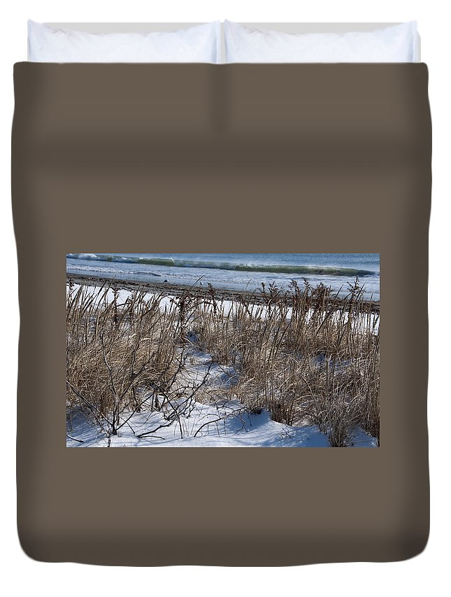 Beach Duvet Cover featuring the photograph Seascape In Winter by Steven Natanson