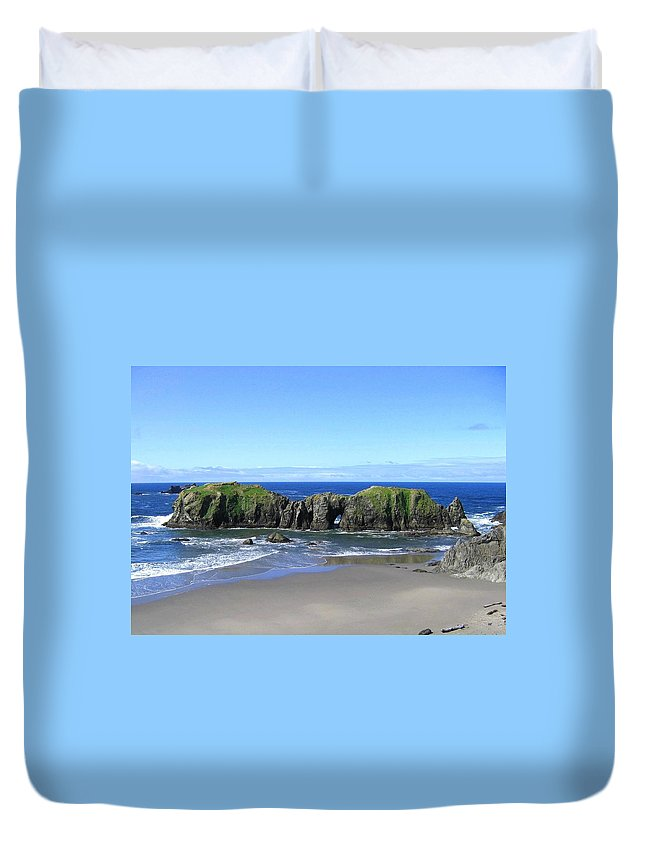 #seascape Duvet Cover featuring the photograph Seascape Supreme by Will Borden