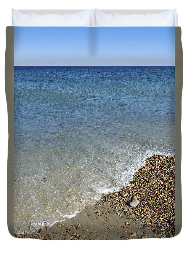 Sea Duvet Cover featuring the photograph Seashore by Charles Harden