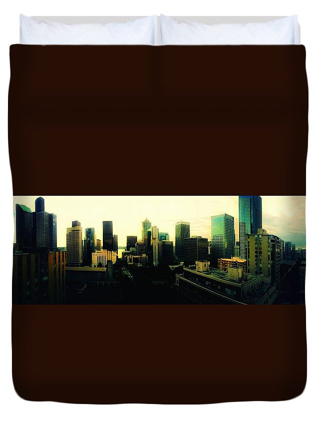 Seattle Duvet Cover featuring the photograph Seattle - Downtown by Eddie G