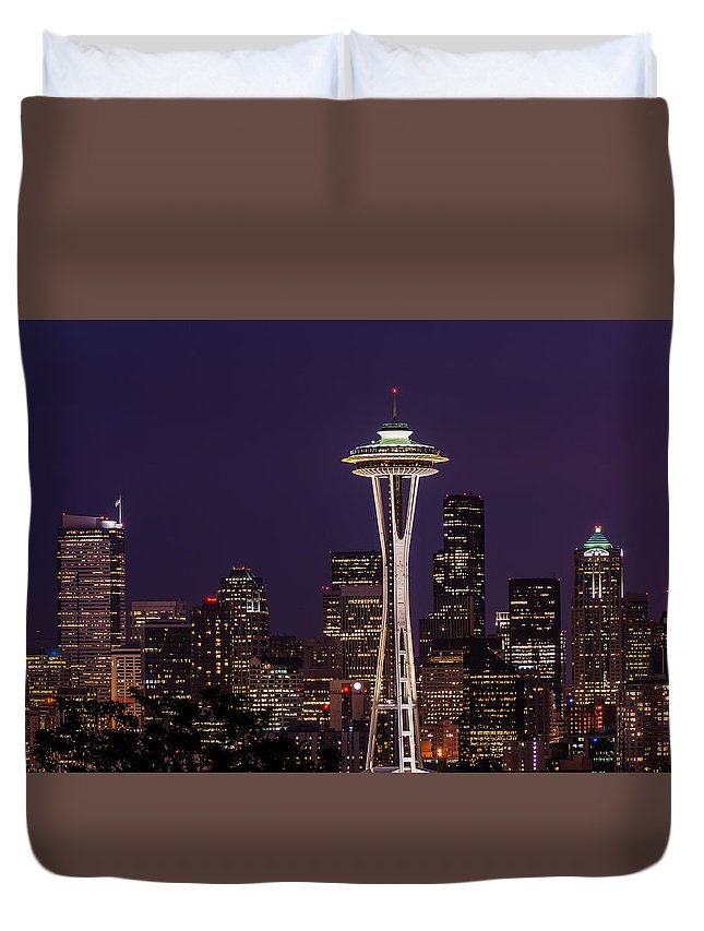 Seattle Washington Duvet Cover featuring the photograph Seattle Skyline by Donald Pash