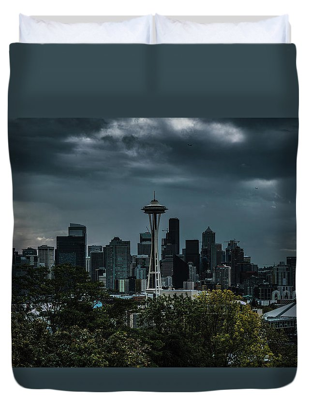 Landscape Duvet Cover featuring the photograph Seattle Skyline - Dramatic by John D Marshall