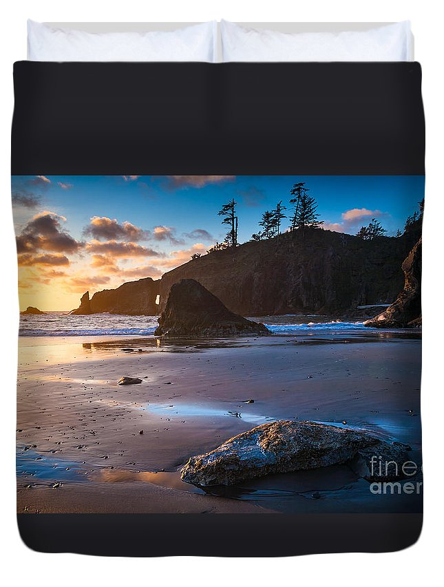 America Duvet Cover featuring the photograph Second Beach Sunset by Inge Johnsson