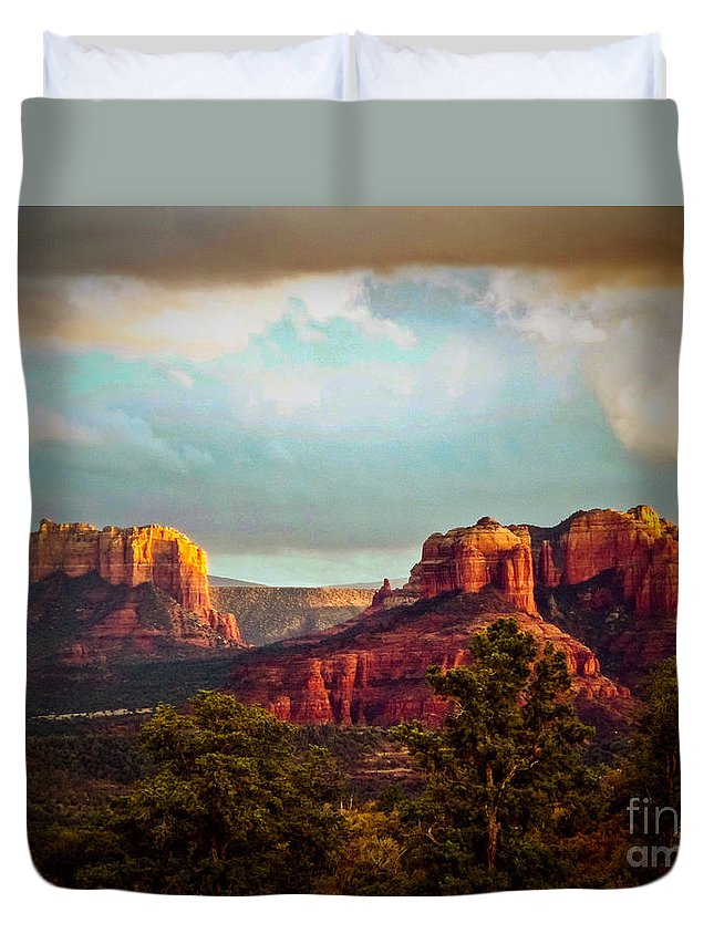 Sedona Duvet Cover featuring the photograph Sedona Sunset by The Follmers