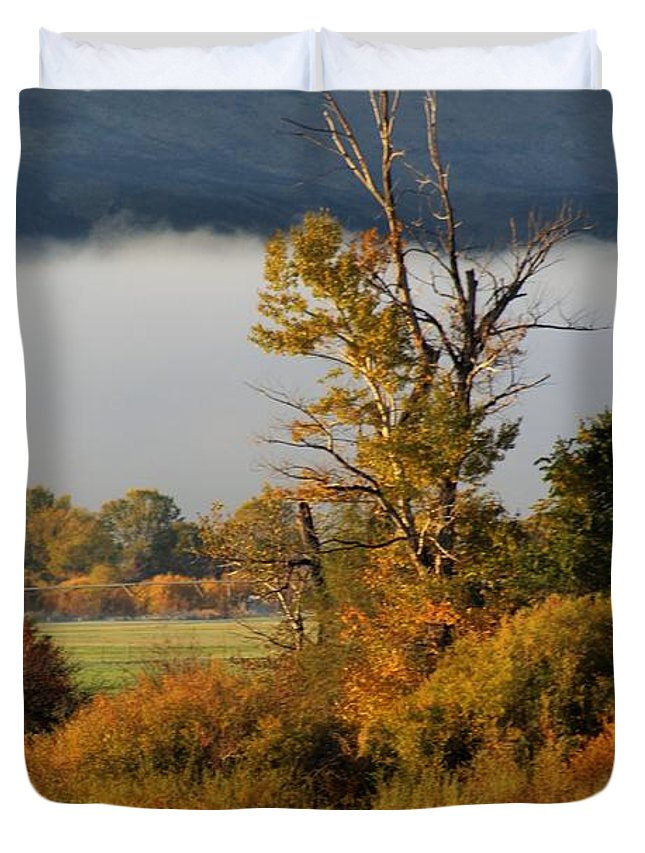Autumn Duvet Cover featuring the photograph Selah Morning by LKB Art and Photography