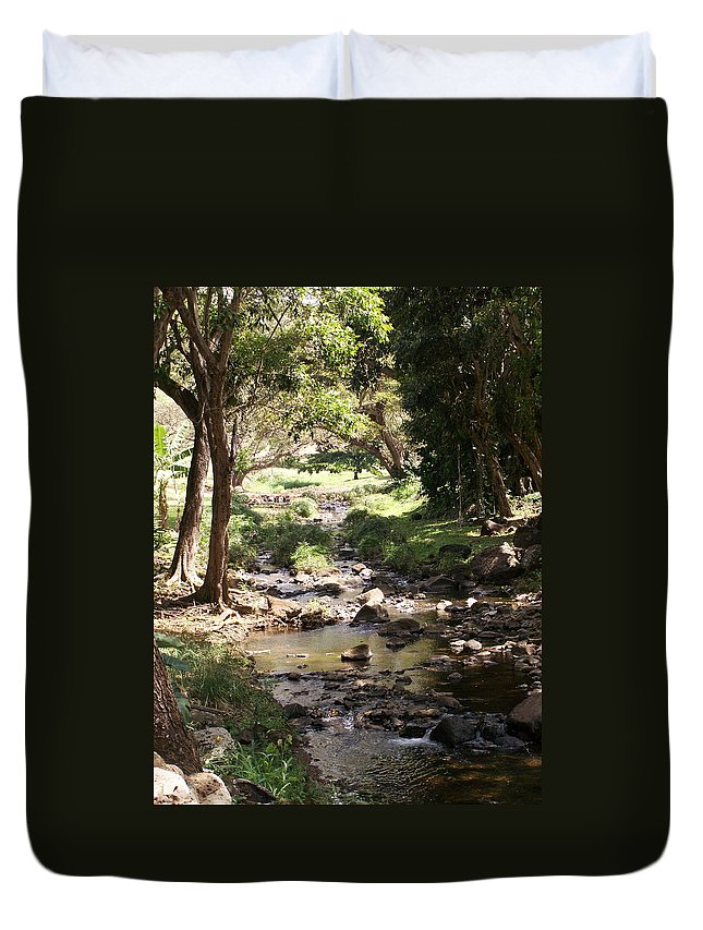 Kauai Duvet Cover featuring the photograph Serenity by Amy Fose