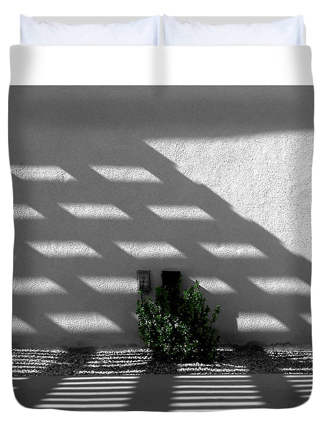 Pergola Duvet Cover featuring the photograph Shade That Bush by Stan Magnan
