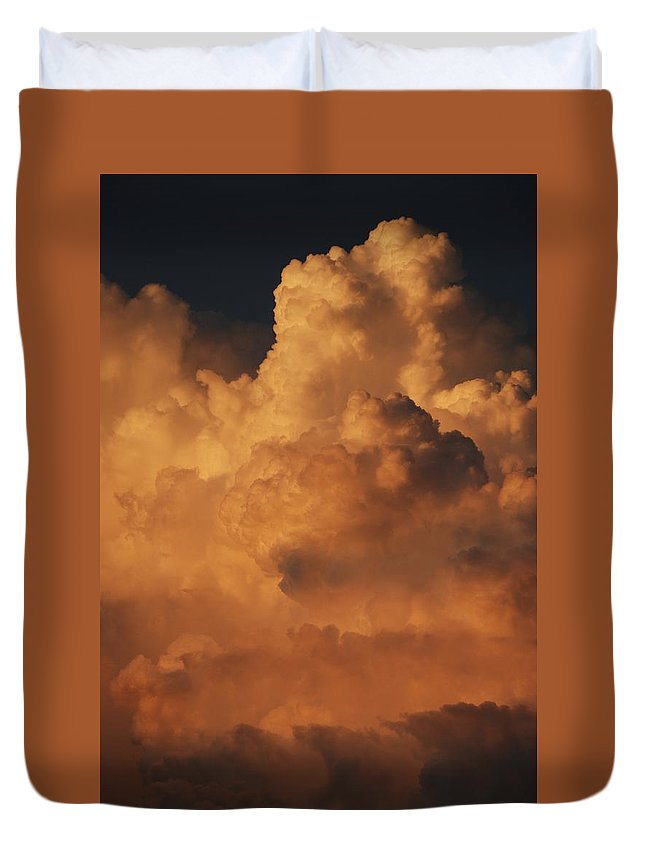 Clouds Duvet Cover featuring the photograph Shades Of Color by Rob Hans