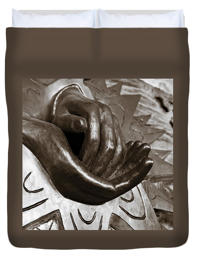 Hands Duvet Cover featuring the photograph Sharing Hands by Marilyn Hunt