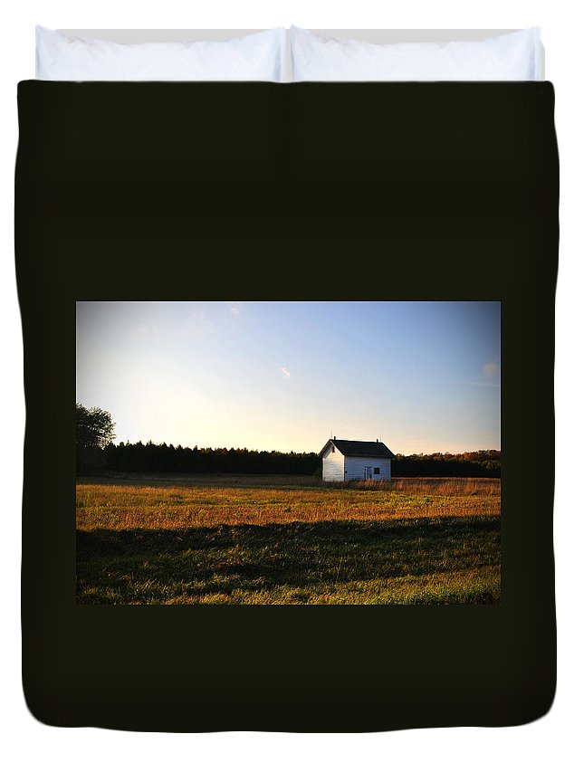 Fall Duvet Cover featuring the photograph Shed by Tim Nyberg