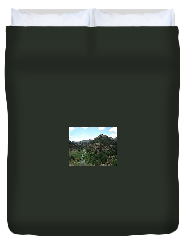 Shelf Road Duvet Cover featuring the photograph Shelf Road Vista by Anita Burgermeister