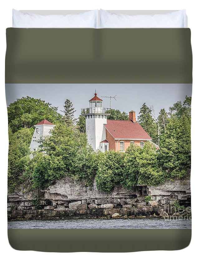Great Lakes Lighthouse Duvet Cover featuring the photograph Sherwood Point Lighthouse by Nikki Vig