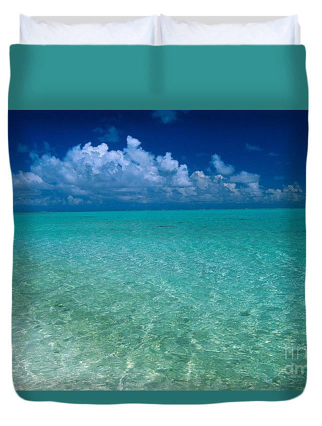 Afternoon Duvet Cover featuring the photograph Shimmering Ocean by Greg Vaughn - Printscapes