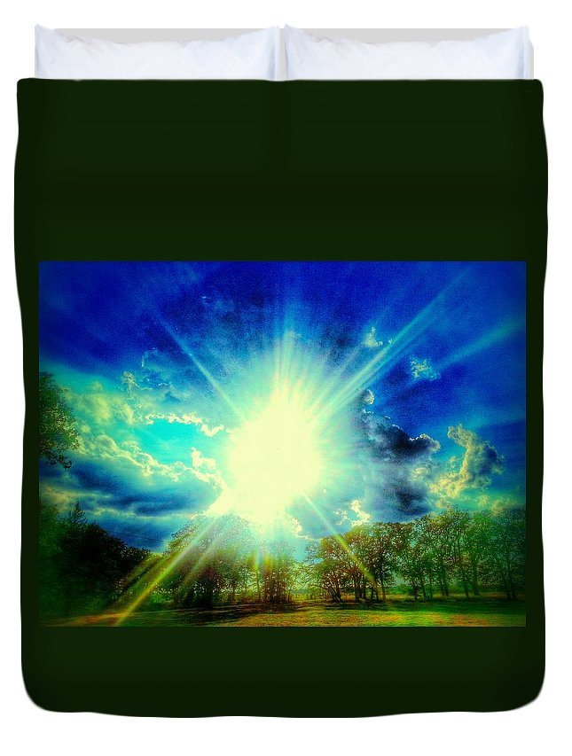 Sun Duvet Cover featuring the photograph Shining Bright by Kevin Wheeler