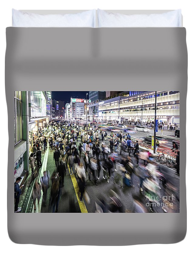 Capital Cities Duvet Cover featuring the photograph Shinjuku People Rush by Didier Marti