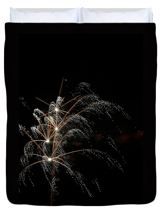 July 4th Duvet Cover featuring the photograph Shooting Stars by Phill Doherty