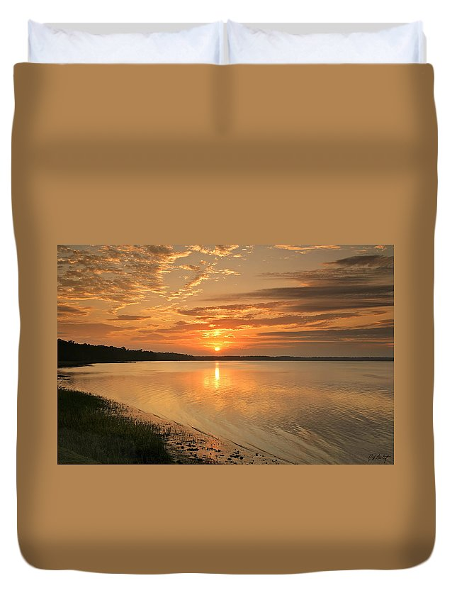 Canvas Duvet Cover featuring the photograph Shoreline Sunset by Phill Doherty