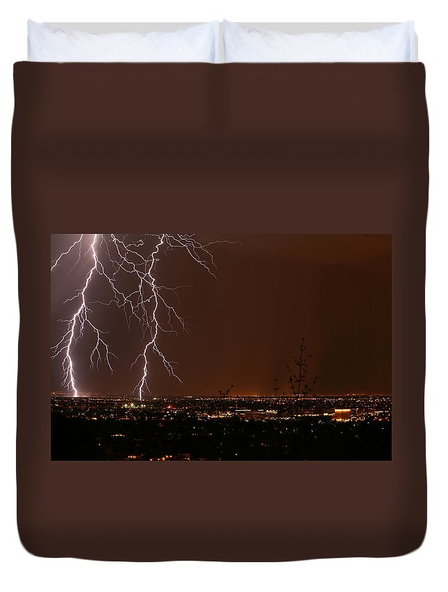 Arizona Lightning Photography Duvet Cover featuring the photograph Sidekicks by Cathy Franklin