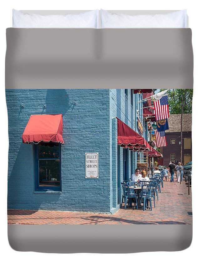 Annapolis Duvet Cover featuring the photograph Sidewalk Cafe Annapolis by Charles Kraus
