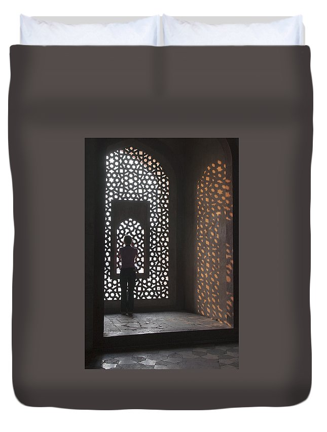 Silhouette Duvet Cover featuring the photograph Silhouette by Jaime Pomares