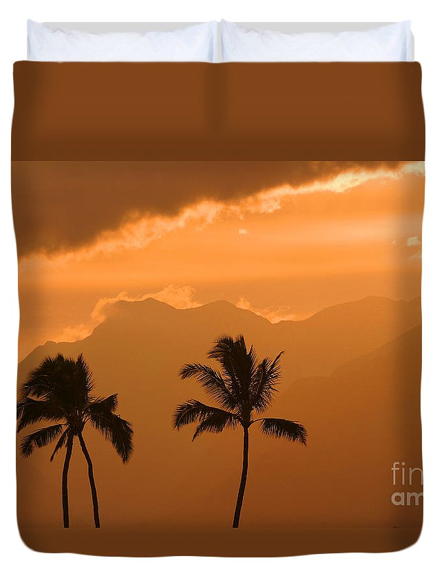 Bright Duvet Cover featuring the photograph Silhouetted Palms by Ron Dahlquist - Printscapes