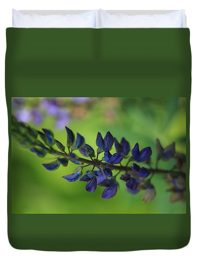 Flower Duvet Cover featuring the photograph Simple Beauty by Donna Mitchell