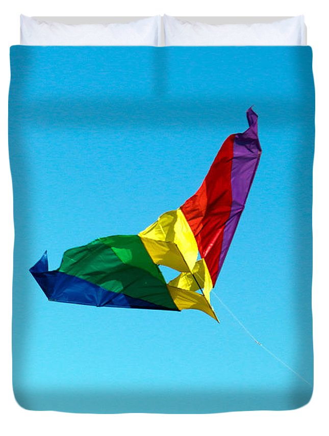 Simple Duvet Cover featuring the photograph Simple Kite by Nicholas Blackwell