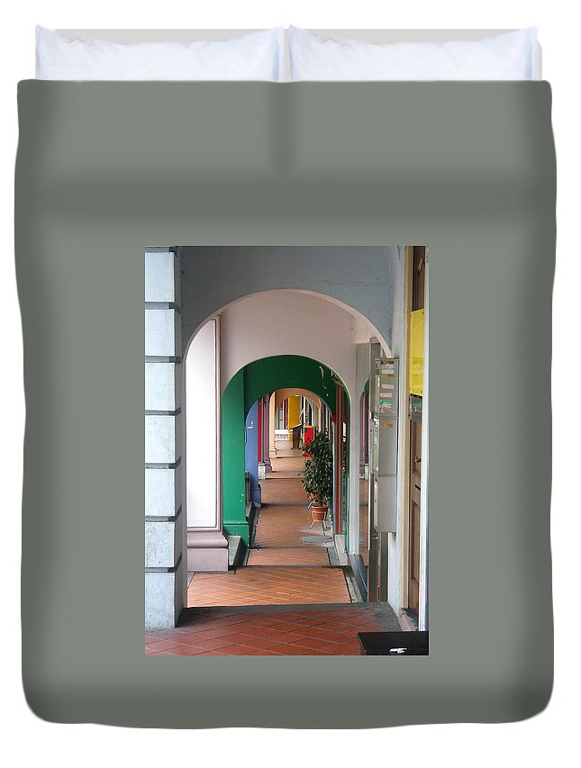 Architecture Duvet Cover featuring the photograph Singapore Porticoes by Mark Sellers
