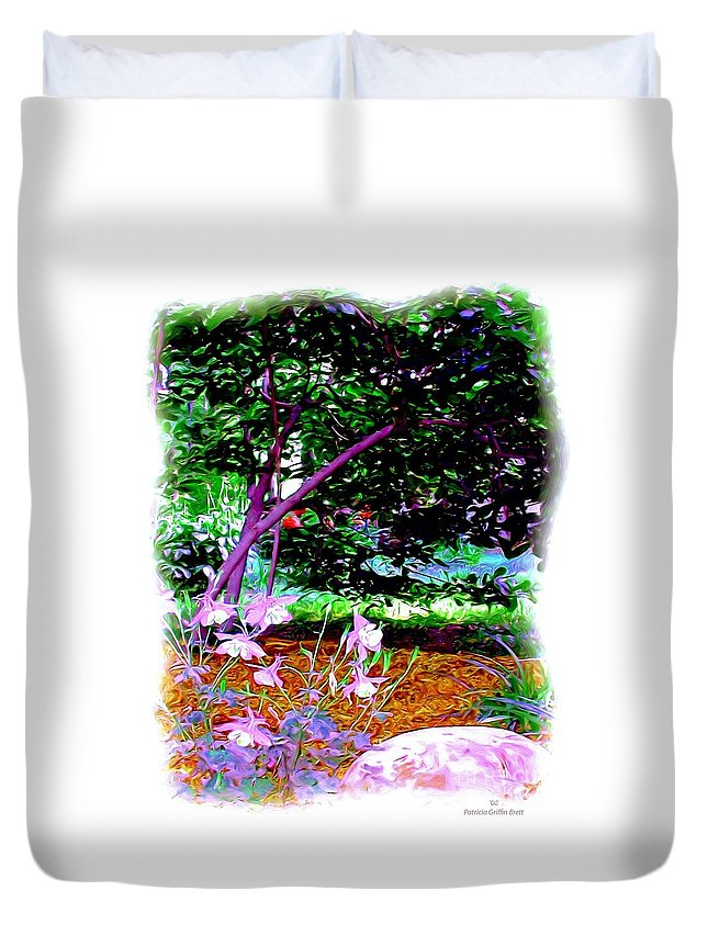 Fine Art Duvet Cover featuring the painting Sitting in the Shade by Patricia Griffin Brett