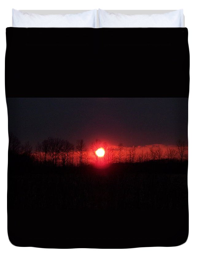Sun Duvet Cover featuring the photograph Slice Sunset by Michelle Miron-Rebbe