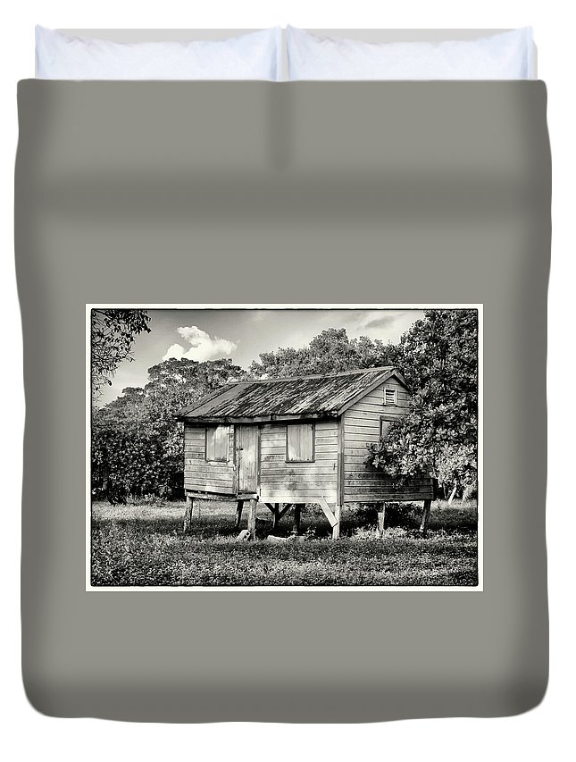 Raised House Duvet Cover featuring the photograph Small House by Jessica Levant